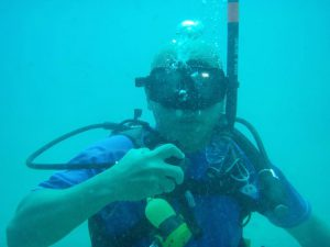 Dr Wan scuba diving.