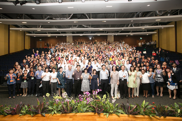 Over 300 seniors and youth attended the inaugural intergenerational Learning Programme (ILP) End-of-Course Celebration.