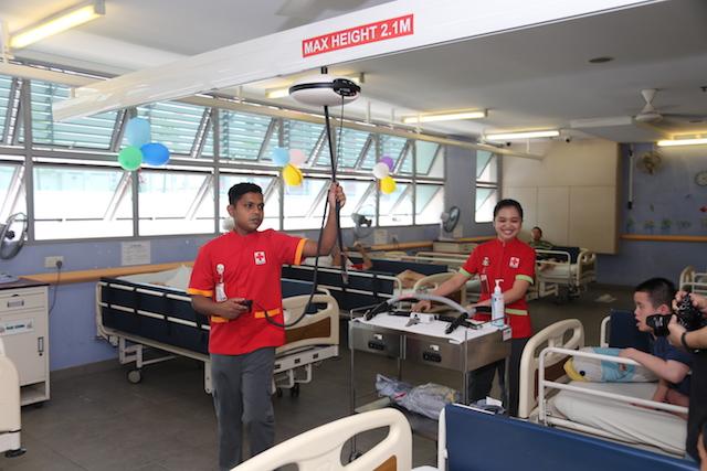Patient ceiling hoist