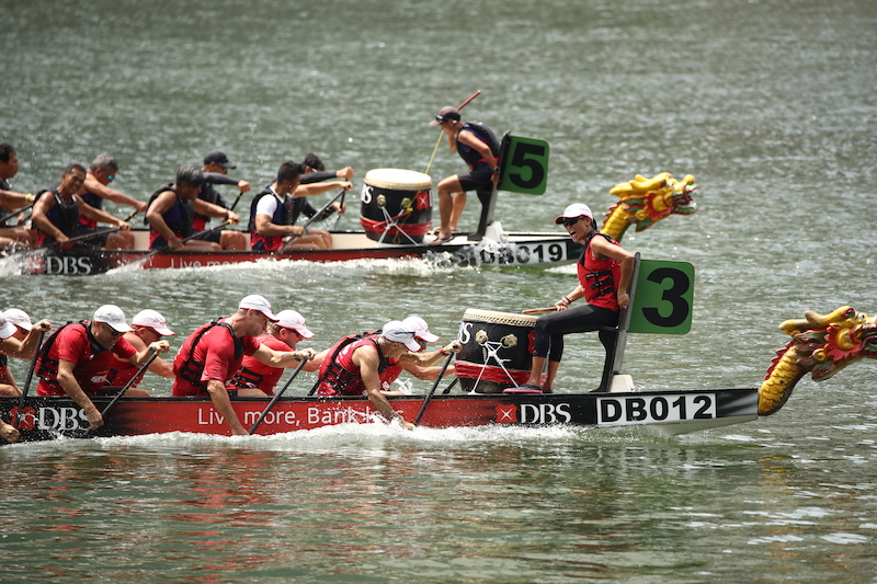 Dragon boat community races